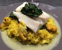 Cabillaud à la Florentine, riz safrané aux moules