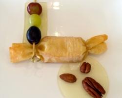 Bonbon au munster caramélisé au melfor, gelée de Gewurztraminer