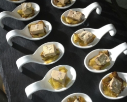 Foie gras et fleur de sel sur tagliatelle de mangue rotie
