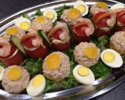 Pêche au thon, tomate crevettes