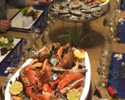 Homard bleu de Bretagne, tourteau, gambas, huitres Marennes Oléron, Crevettes roses et grises