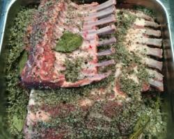 Couronnes d'agneau au sel gris de Guerande aux épices (laurier/gingembre/poivre noir/muscade/persil/aïl)