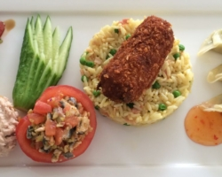 Tomate/olive/thon/anchois, pêche/thon/mayo, riz cantonnais, ...