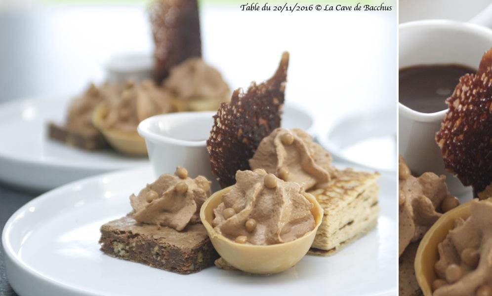 Dessert: brownie aux noix de pécan, millefeuilles praliné, espuma de chokotoff et ganache au chocolat.